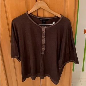Light and comfortable shirt great for fall